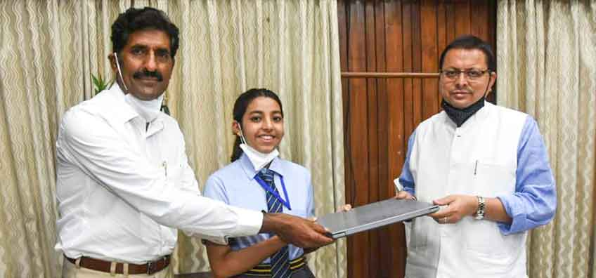 TonsBridge Students Honoured by the Chief Minister